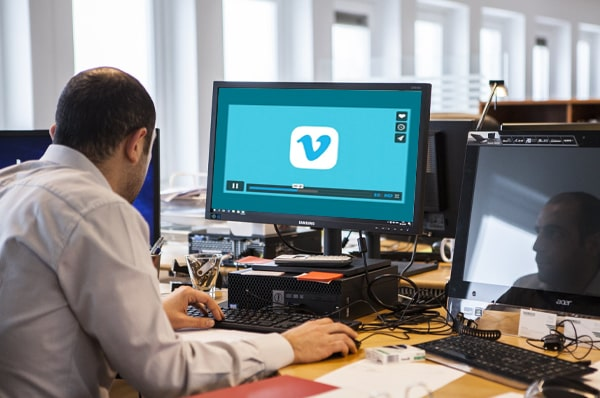 How to Make Use of A Vimeo Downloader